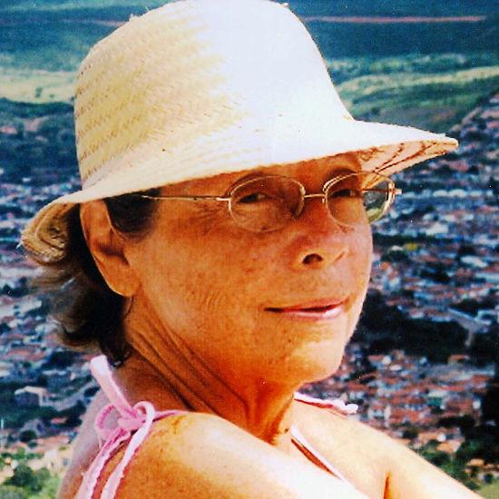 Ester Ferreira