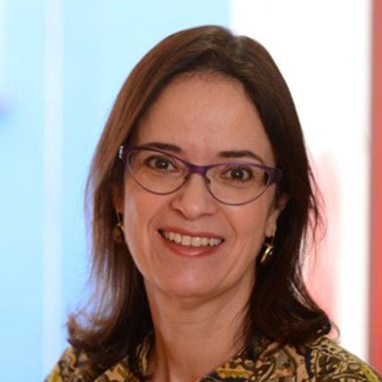 Paula Piano Simões